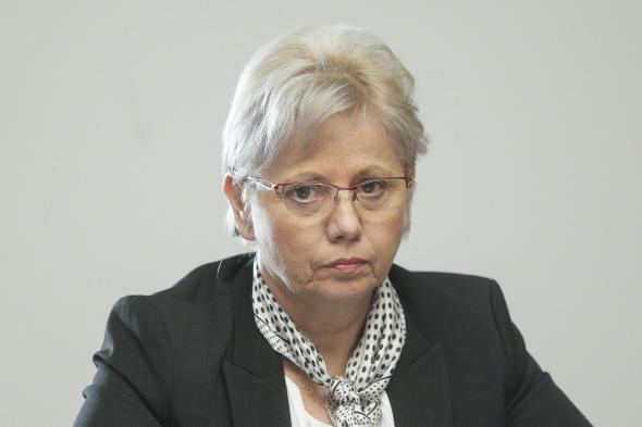 Ministrul Adriana Petcu…limpezeste apele!
