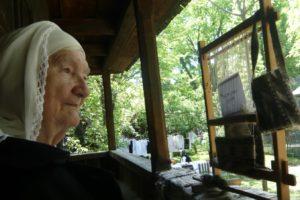 """Adela Petre,  declarată """"Tezaur Uman"""" de UNESCO,  a murit la vârsta de 90 de ani"""